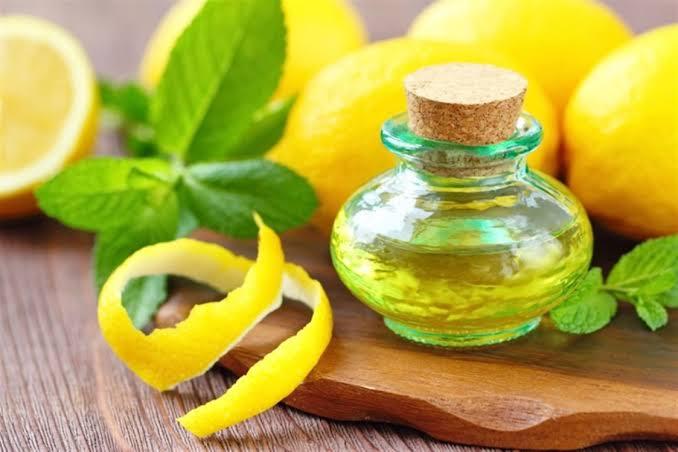 فوائد زيت الليمون العطري