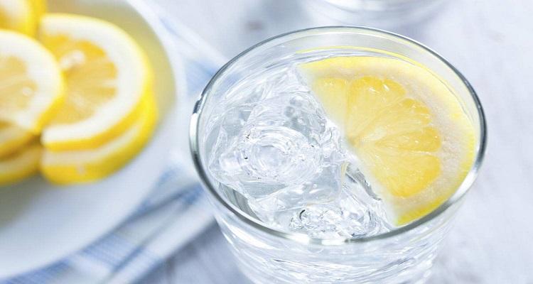 فوائد الماء والليمون
