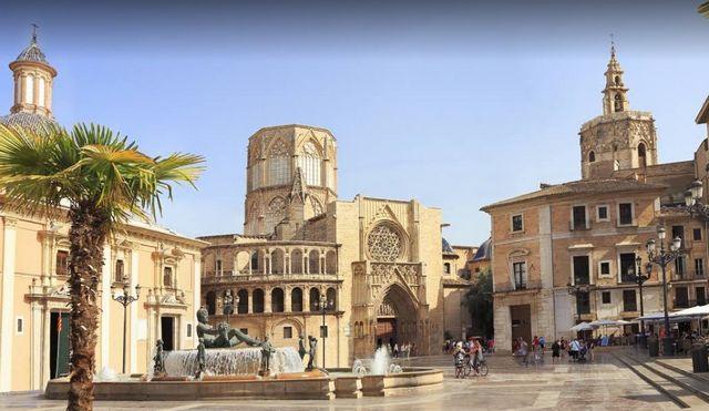 الأماكن السياحية في فالنسيا أسبانيا
