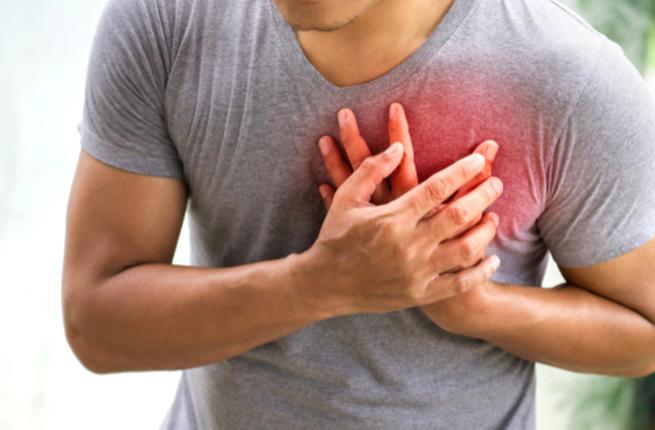 اسباب الم اليد اليسرى مع القلب الجواب
