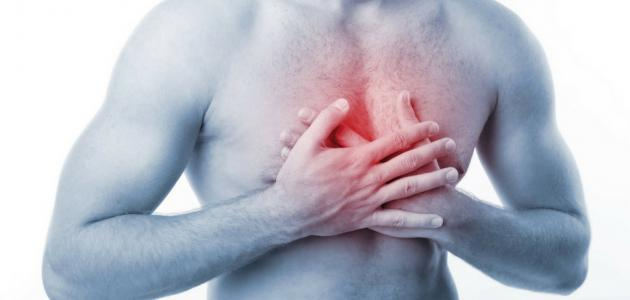 أسباب الألم في منتصف الصدر