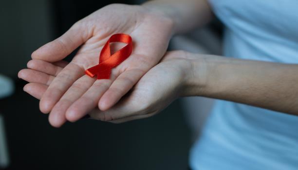 اعراض الايدز الاولية