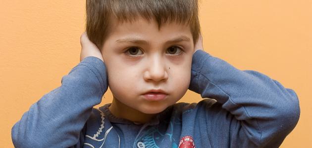 اعراض مرض التوحد عند الاطفال عمر ثلاث سنوات