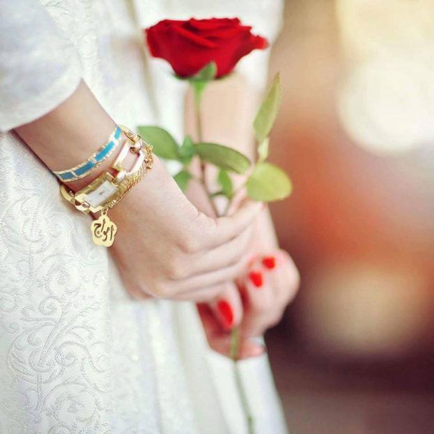 ملصقات قلوب وورود