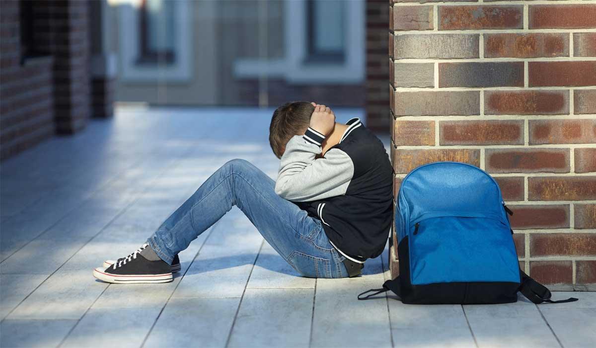 أعراض الاكتئاب الشديد عند المراهقين