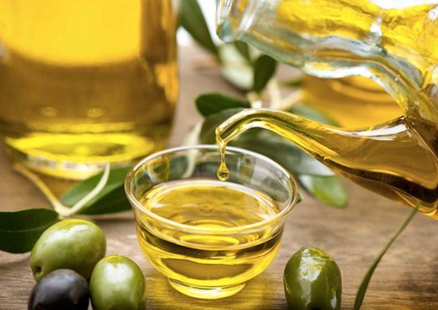 فوائد المضمضه بزيت الزيتون للبشره