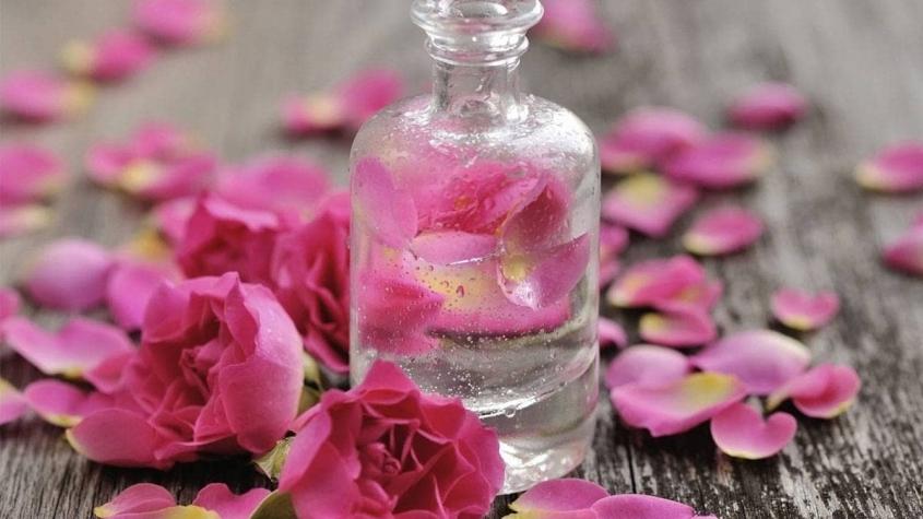مكونات ماء الورد