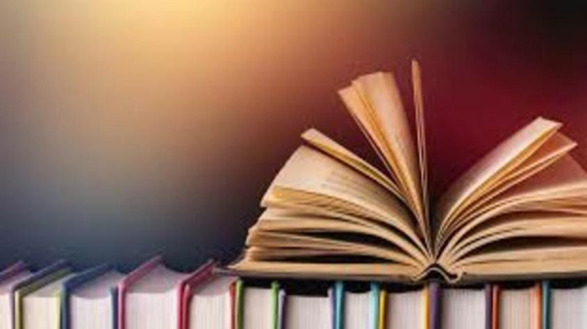 براجراف بالانجليزي عن قراءة الكتب