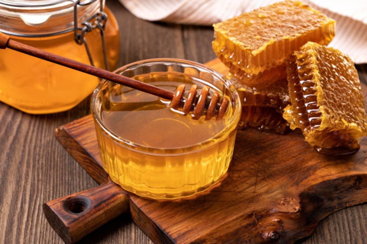 السعرات الحراريه في العسل