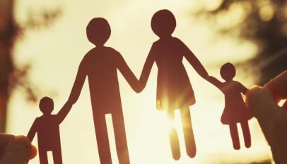 براجراف عن الأسرة قصير بالانجليزي