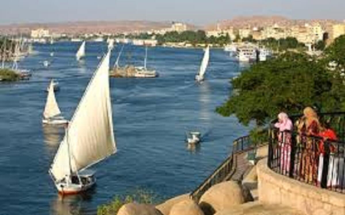 موضوع تعبير عن تلوث نهر النيل للصف الخامس الابتدائى