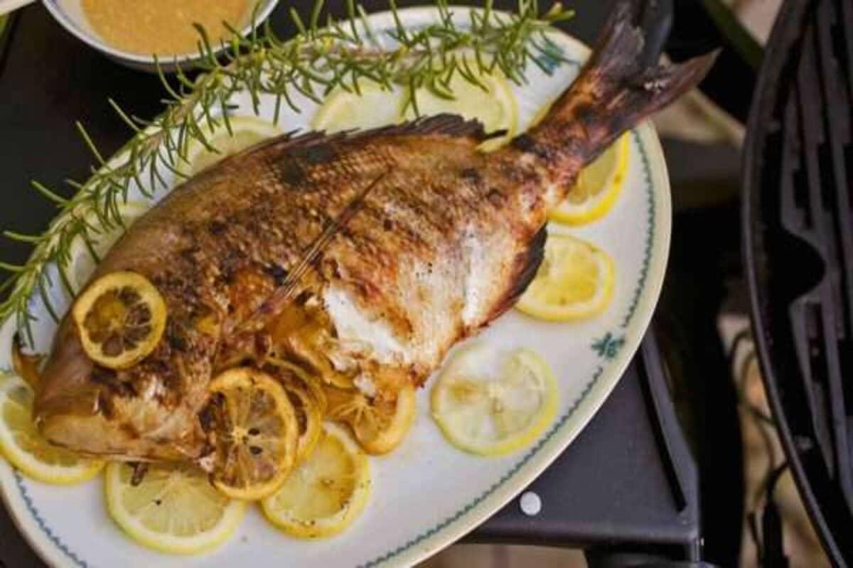 السعرات الحرارية في سمك الفيلية المشوي