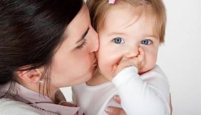 شعر عن عيد الام للاطفال