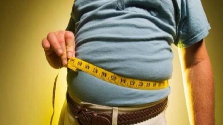 الفرق بين شفط الدهون العادي والفيزر