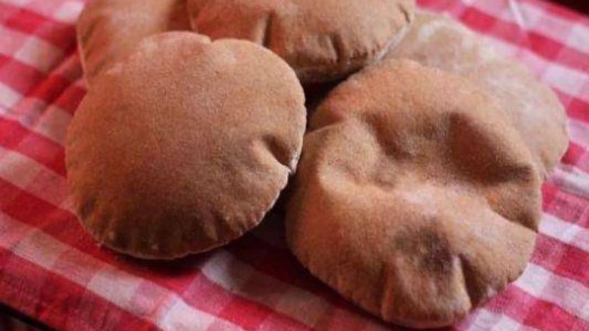 هل خبز البر يرفع السكر