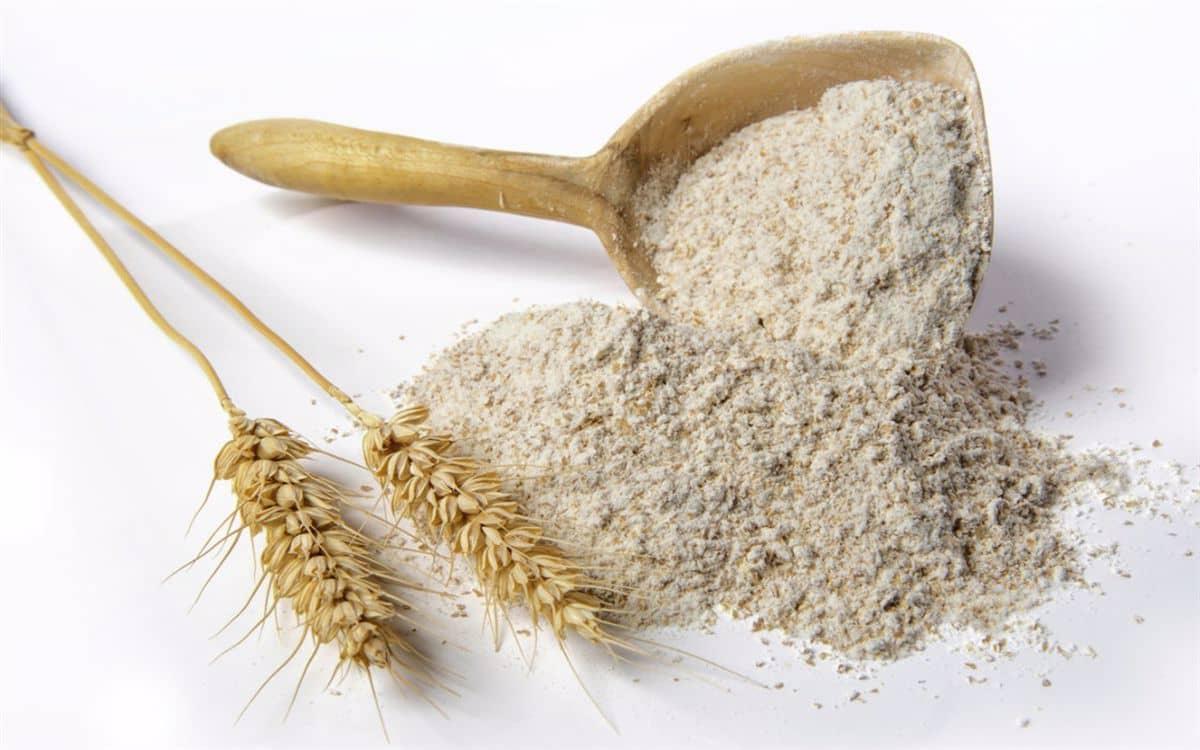 هل دقيق القمح الكامل يرفع السكر
