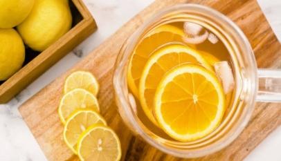 هل شرب الليمون يوميا مضر